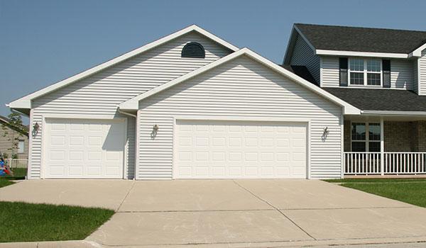 residential garage doorsGarage Doors Danville Illinois  Sales Installation  Repair